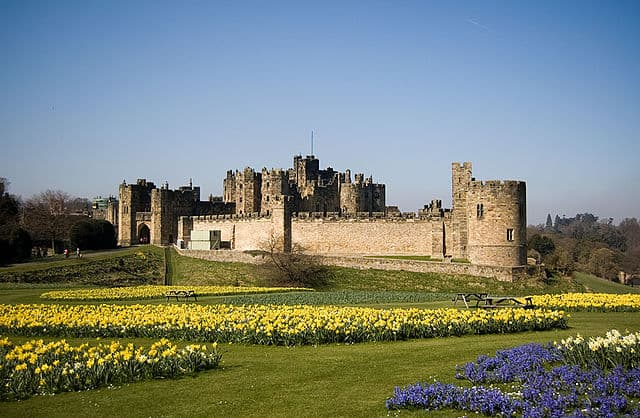 Alnwick Castle - Best Castles To Visit in Europe