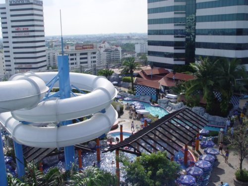 Pororo AquaPark Rooftop Water Park - Best Places to Visit in Bangkok
