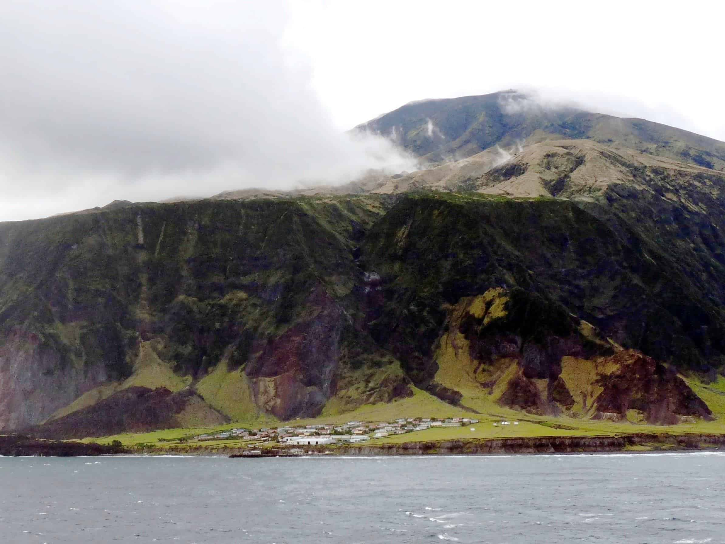 Tristan De Cunha - Inhabited Places You Didn't Know Existed