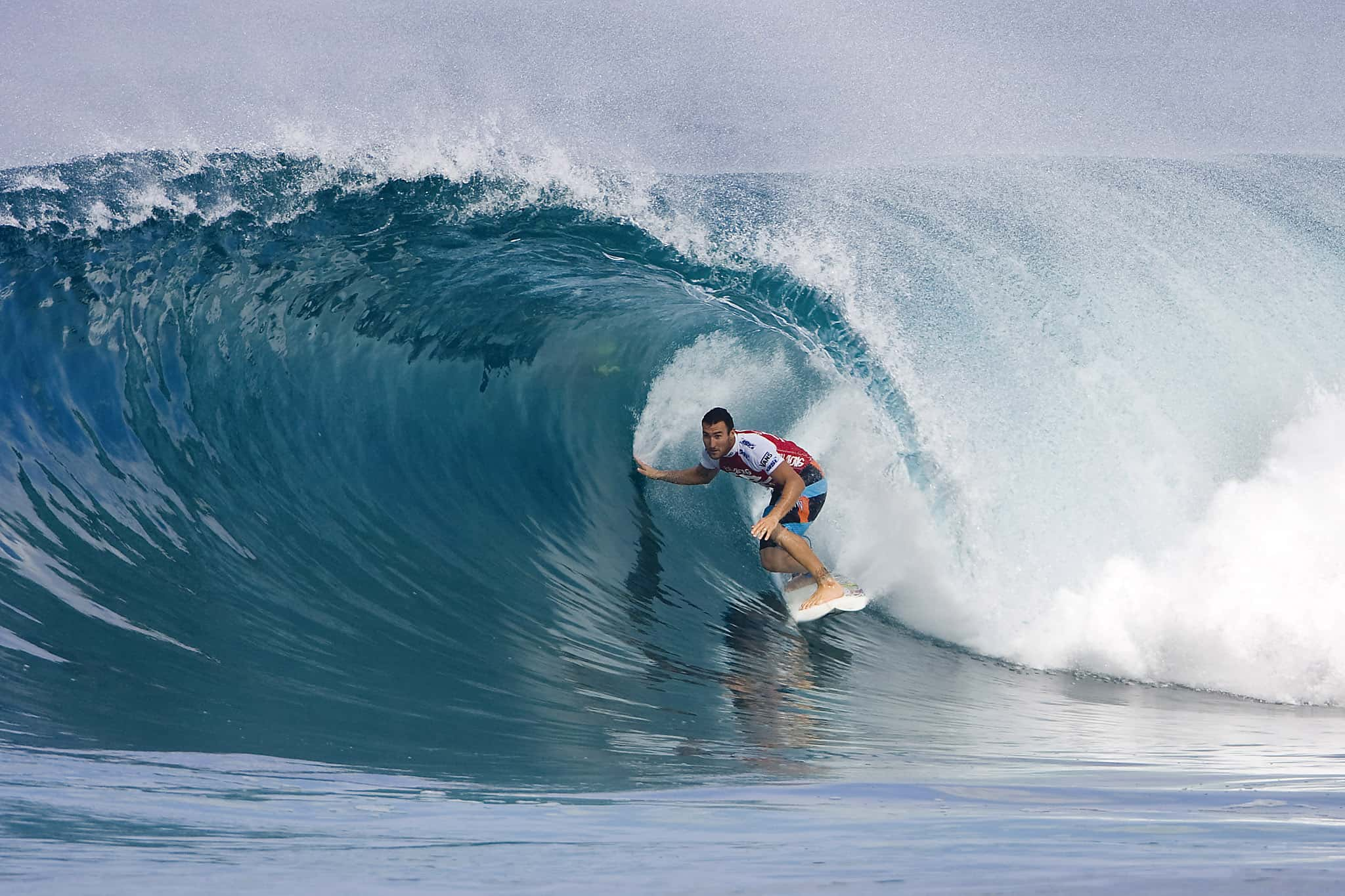 Pipeline, Oahu, Hawaii - Best Places to Surf around the World