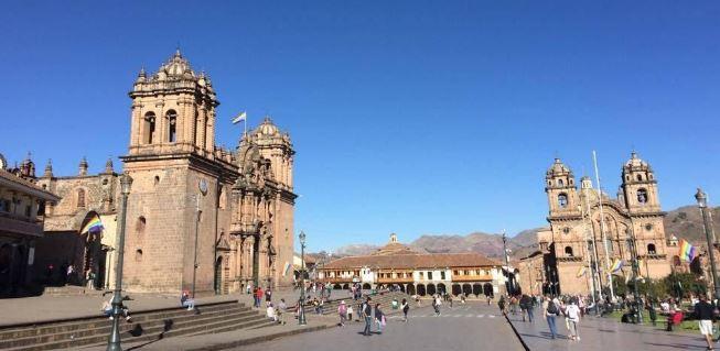 Cusco's Plaza de Armas - How to Reach Machu Picchu
