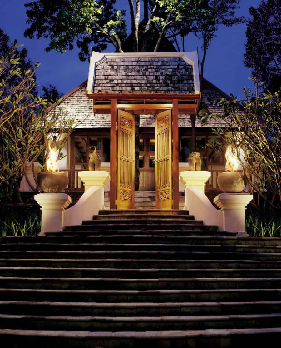 Four Seasons Resort - Best Picturesque Wedding Destinations in Asia