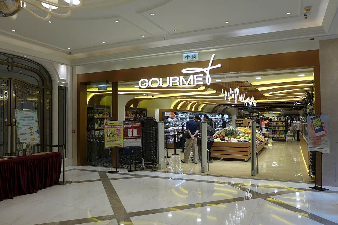Gourmet Store - Money Saving Paris Travel Tips