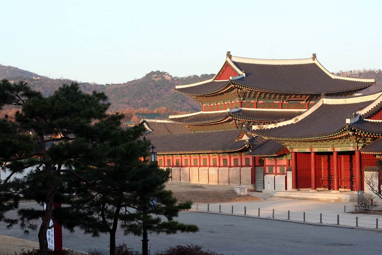 Gyeonbok Palace - Top Family-friendly Places to Visit in Seoul