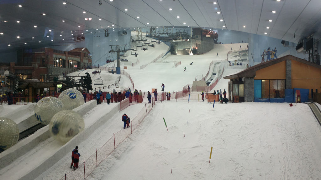 Skiing at the Mall of the Emirates - Dubai With Kids