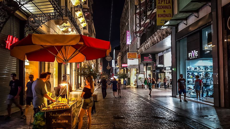 Night time street food - Top London Activities for Adults
