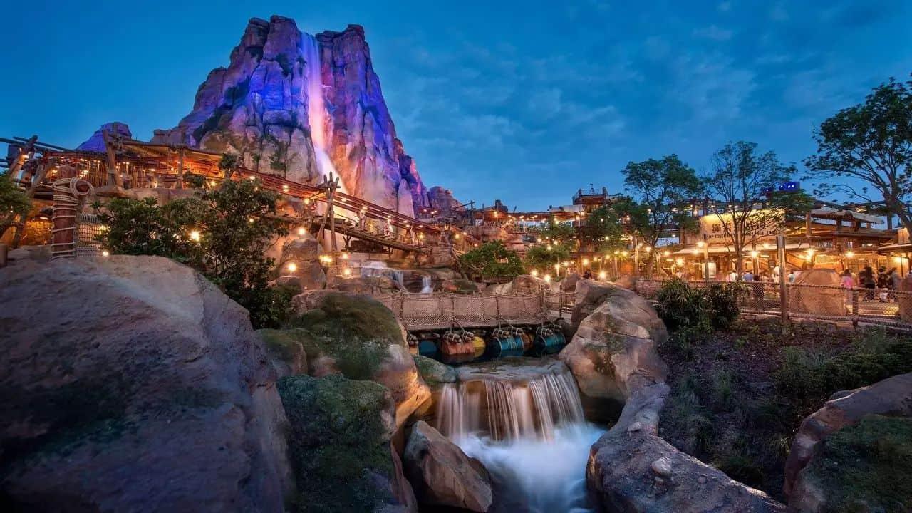 Tokyo's Disneyland, Tokyo - Man-Made Islands