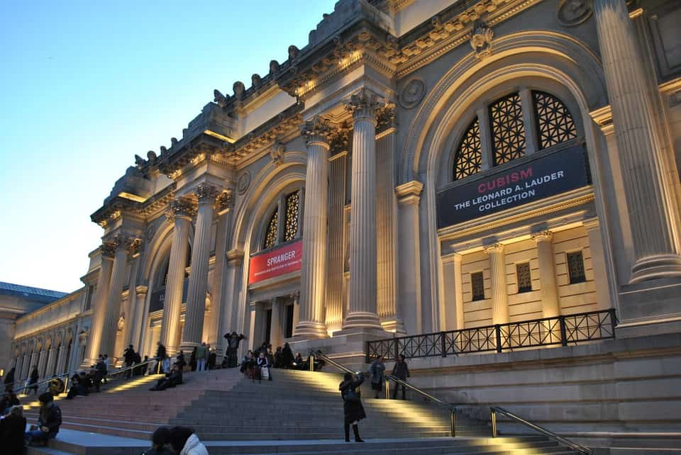 Metropolitan Museum of Art - Amazing Places to Visit in New York