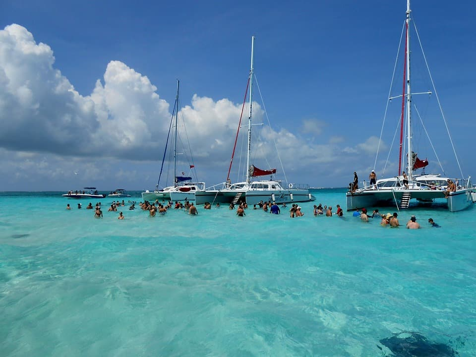 Cayman Islands - Best Caribbean Islands for Family Vacations