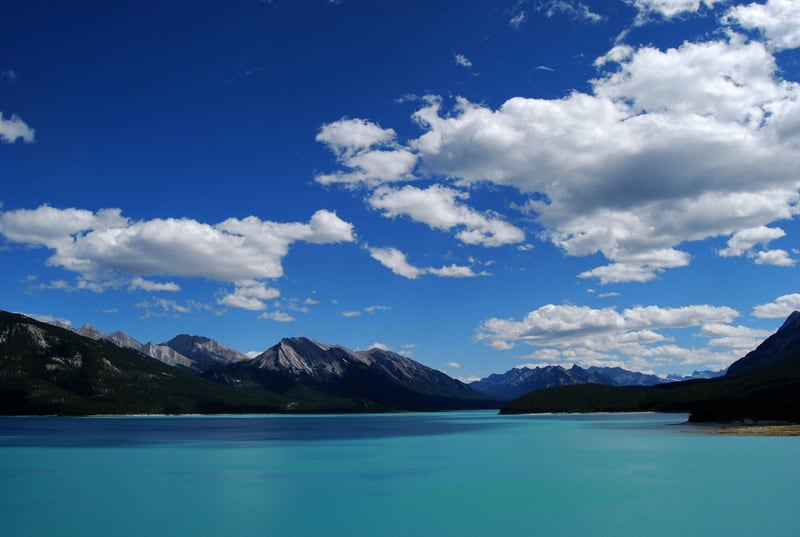 Abraham Lake, Canada - Magical Places You Won't Believe Exist In The World