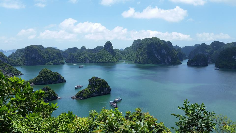 Halong Bay, Vietnam- Top Cities in Asia to travel to with Kids