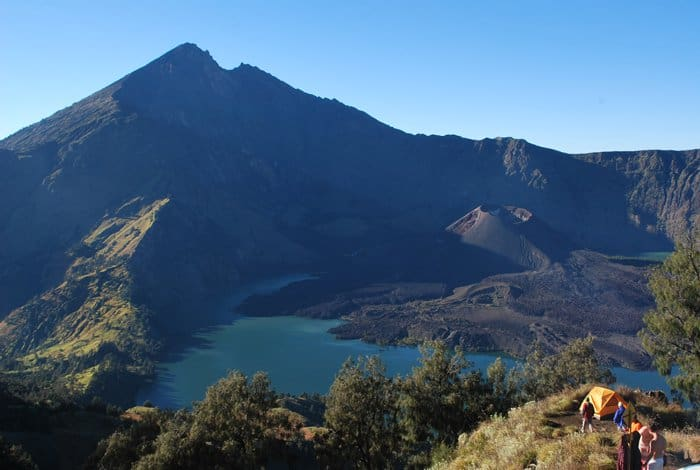 Mount Rinjani, Lombok, Indonesia - Magical Places You Won't Believe Exist In The World