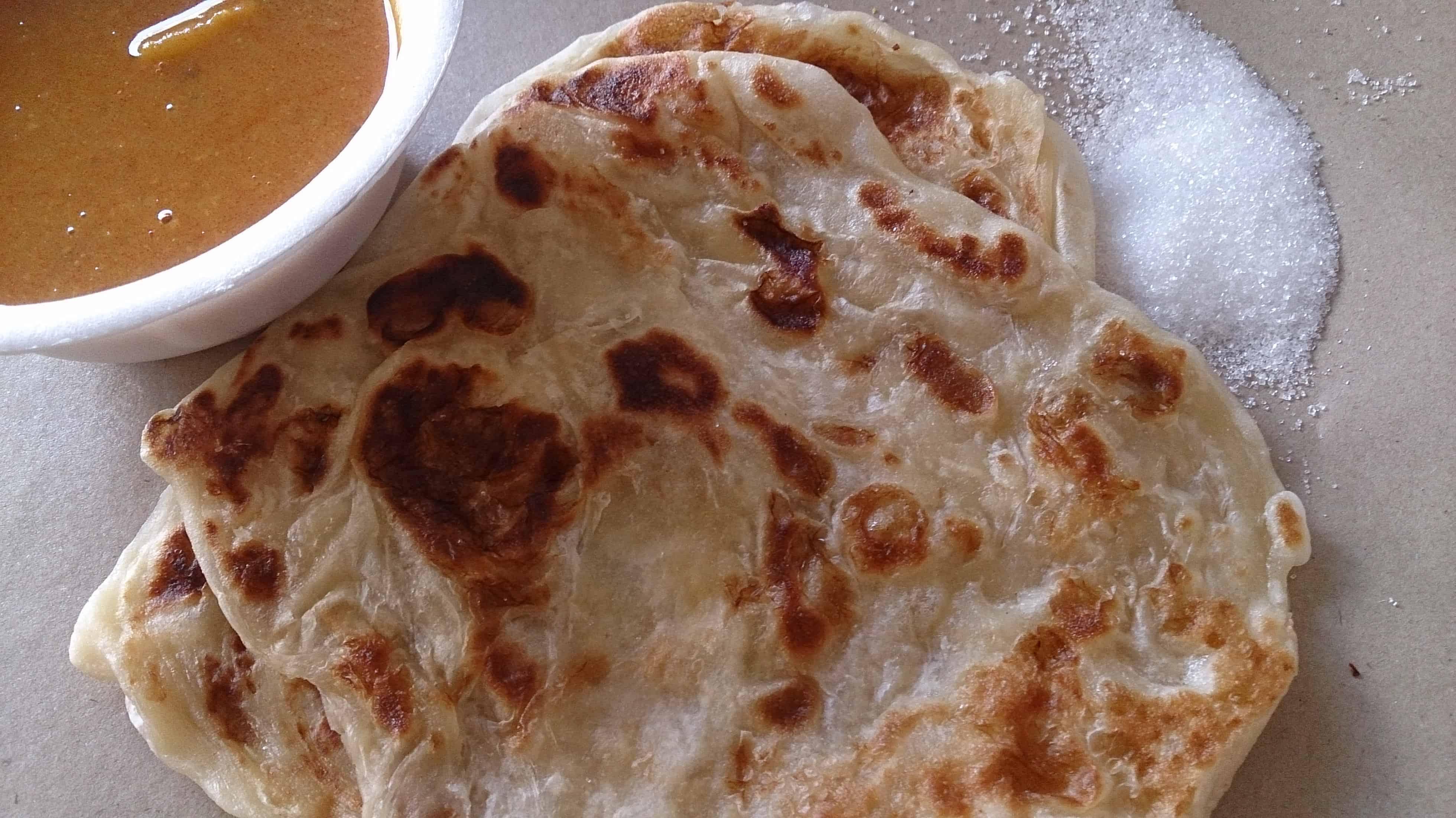 Roti Prata - Must Eat Singaporean Dishes