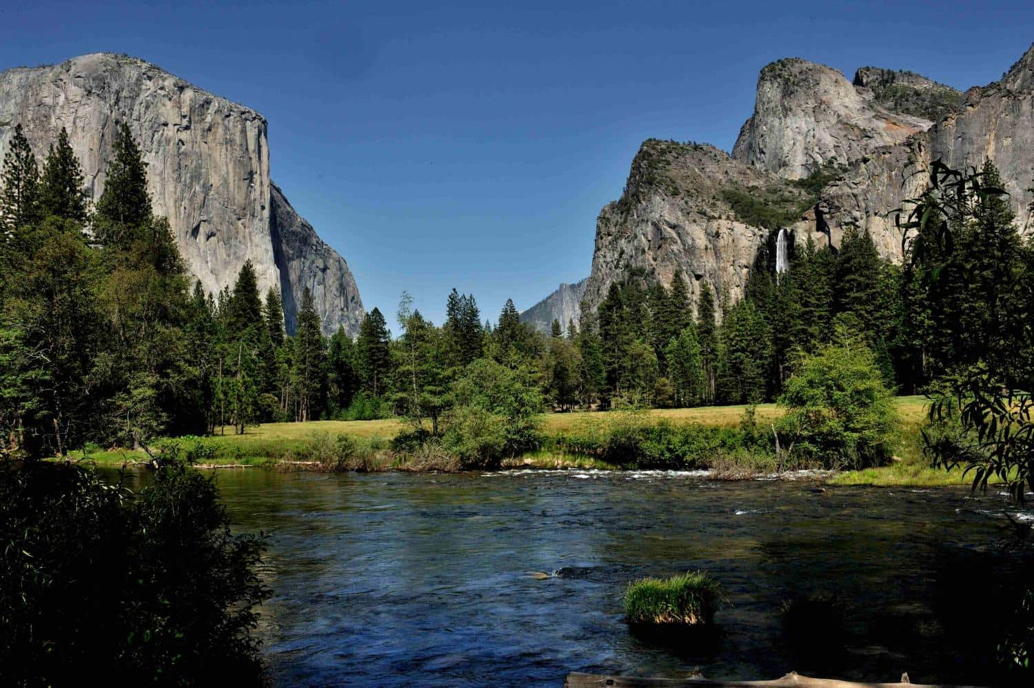 Yosemite Valley, USA - Magical Places You Won't Believe Exist In The World