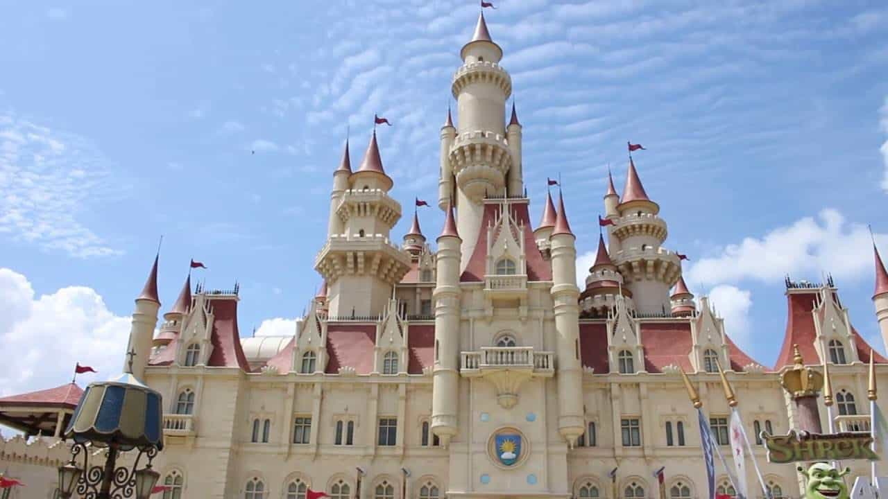 Shrek's castle - Singapore With Kids