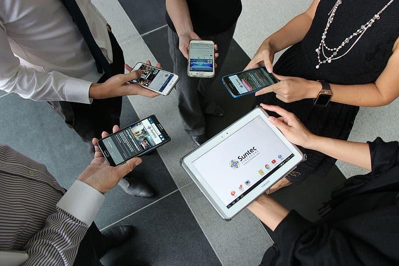 Using free Wi-fi