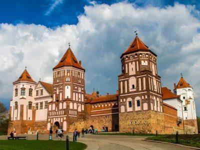 Mir Castle - Best Things to Do in Belarus