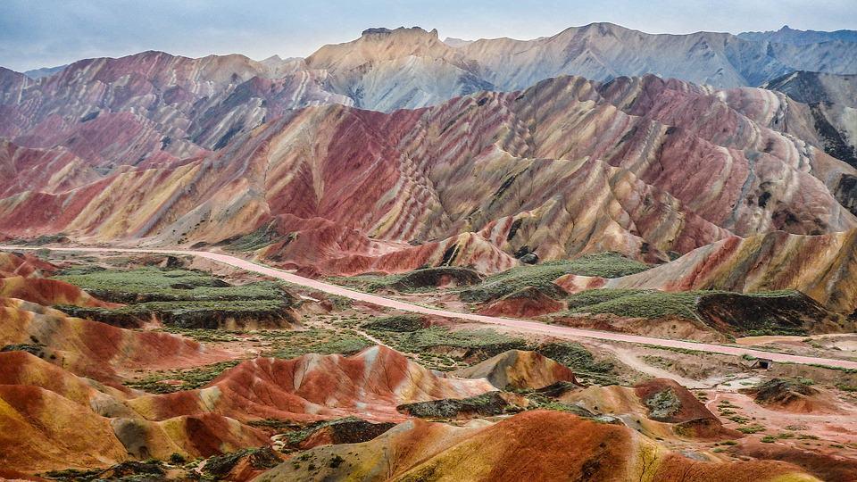 Zhangye National Geopark - Natural Wonder