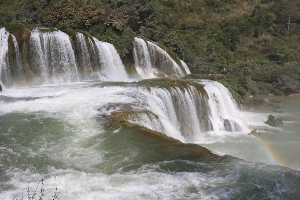 Detian Falls, Vietnam and China - Best Waterfalls Around the World