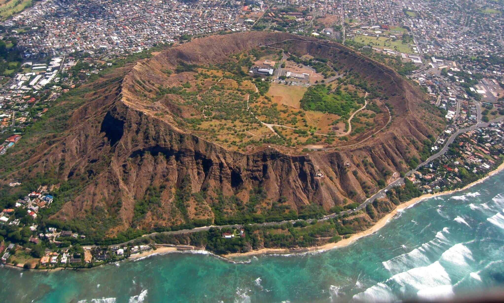 Diamond Head State Monument - Hawaii Travel Guide