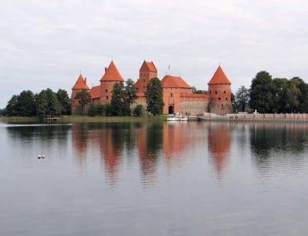 Trakai Island Castle - Lithuania with Kids