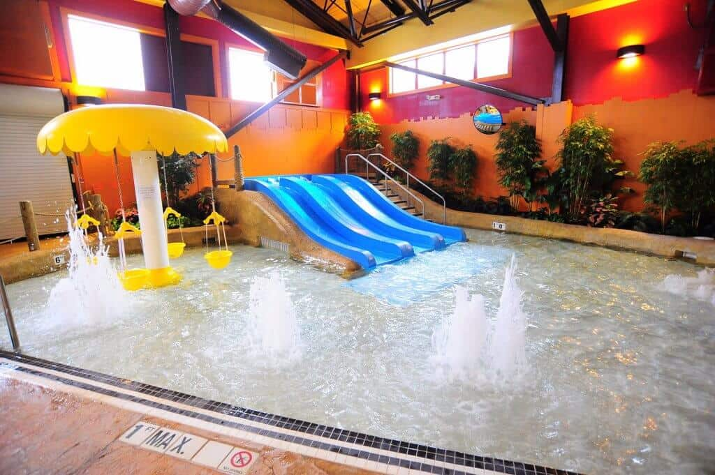 Kahuna Laguna - Best Hotels with Indoor Waterparks