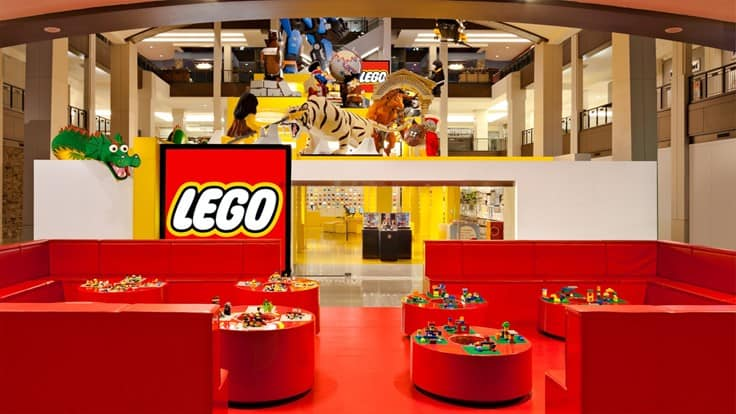 Mall of America, LEGO store