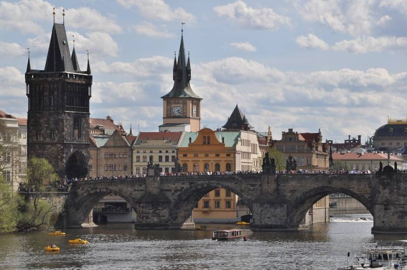 Charles Bridge - Best Places to Go in Czech Republic with Family