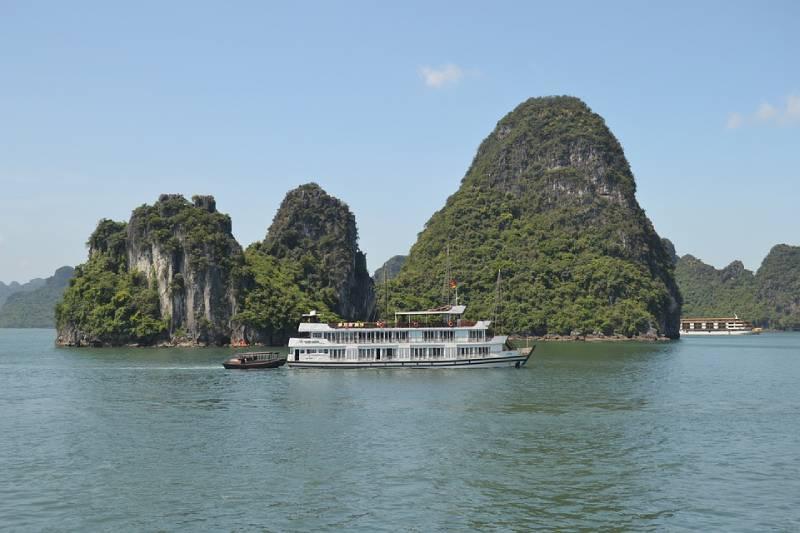Ha Long Bay, Vietnam - Unique Spots To Visit With Kids