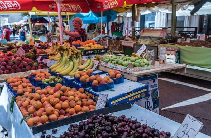 Farmers Markets - Save Money on Food While Traveling with Kids