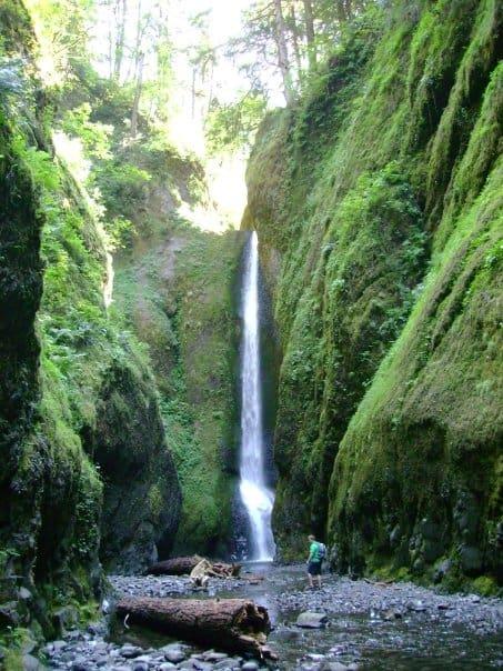 Oneonta Gorge, Portland, Oregon