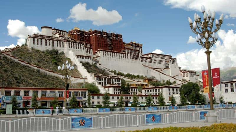 Potala Palace, China - Unique Spots To Visit With Kids