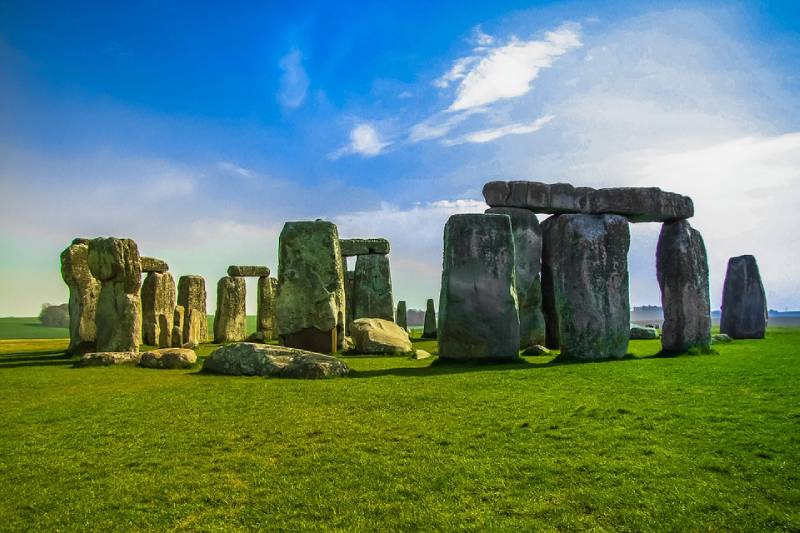 Stonehenge, England - Unique Spots To Visit With Kids