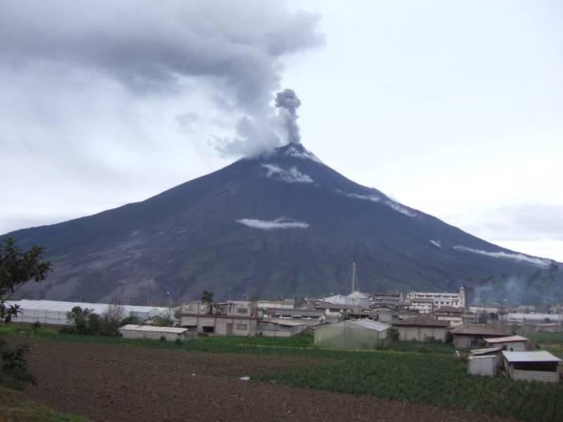 Mt. Tungurahua - Swing at the End of the World – Baños, Ecuador