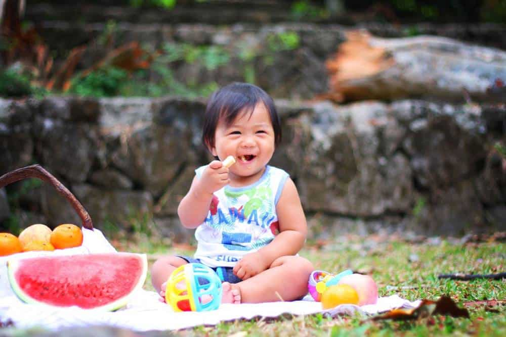 Child - Travel Safely with a Child with Food Allergies
