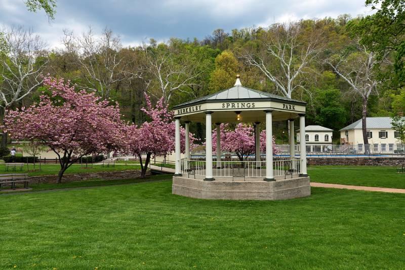 Berkeley Springs, West Virginia - Best Vacation Spot in All US