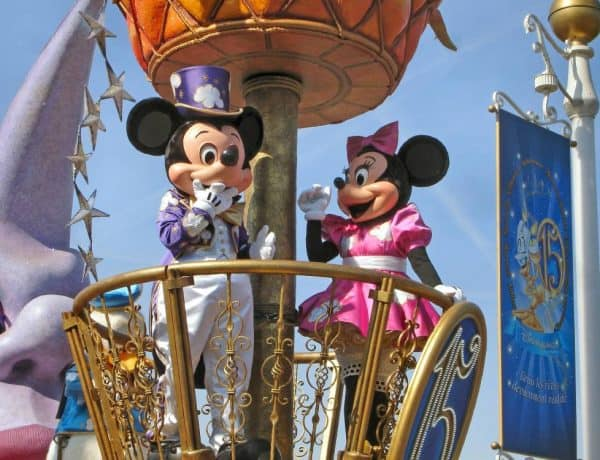 Things to Pack in Your Backpack for Disneyland
