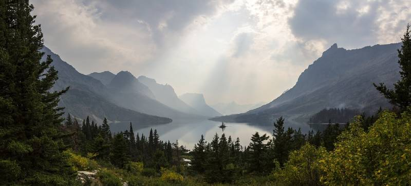 Glacier National Park, Montana - Best Vacation Spot in All US
