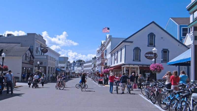 Mackinac Island, Michigan - Best Vacation Spot in All US