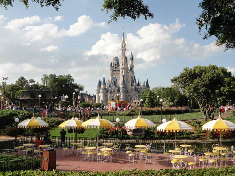 Save Money When Parking at Disney World