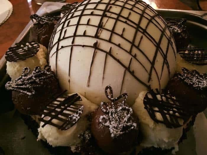 Bizziice Ice Cream Parlor - Best Ice Cream Locations in The World