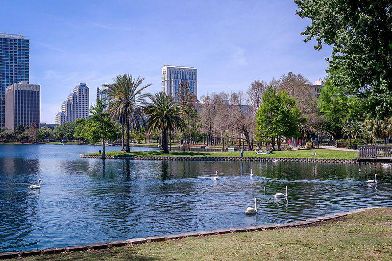 Lake Eola - Things to Do in Orlando for Adults Besides Theme Parks