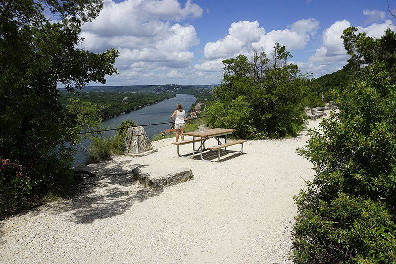Mount Bonnell - Unique Things to Do in Austin