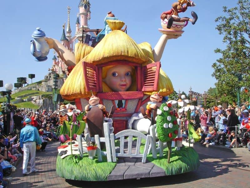 Disneyland vs Disneyworld