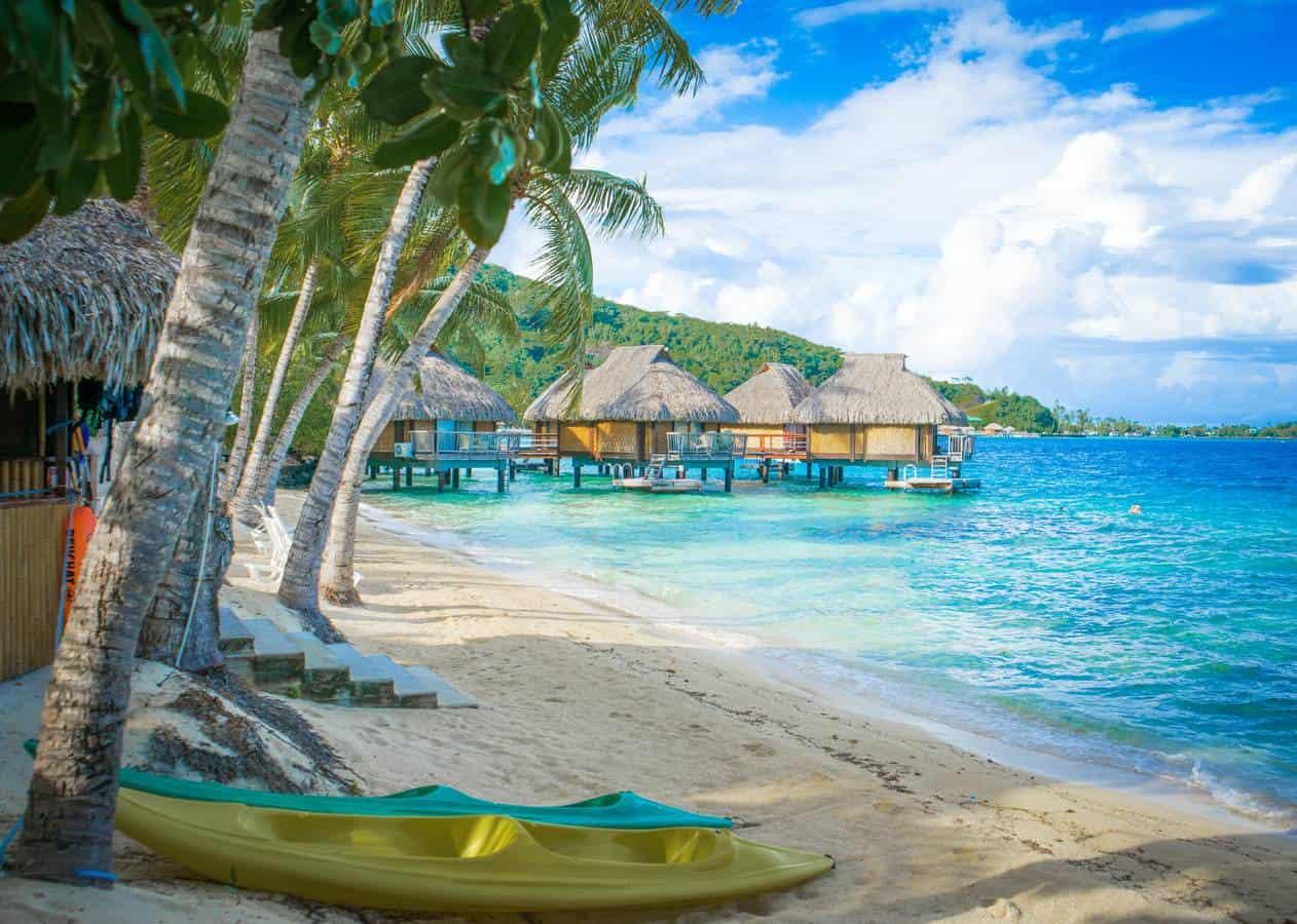 Tahiti vs Moorea vs Bora Bora in French Polynesia