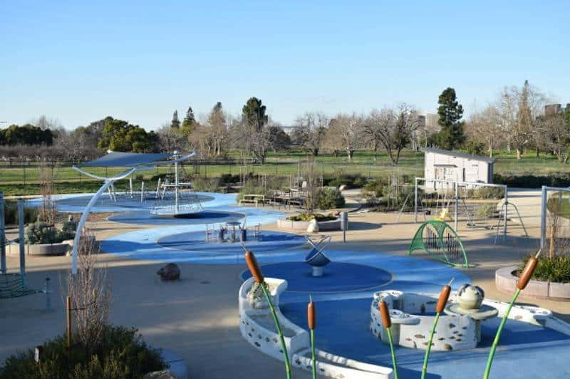 Rotary Play Garden - Playgrounds for Adults