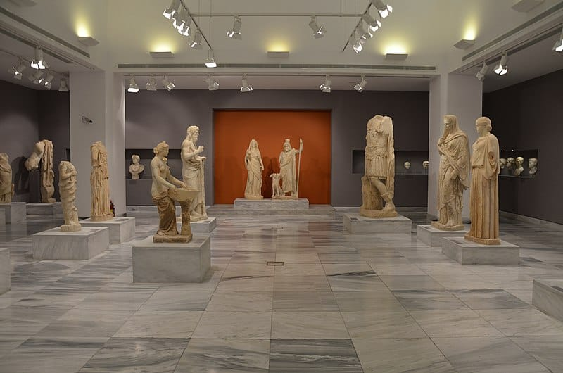 Heraklion Archaeological Museum - Best Greek Islands