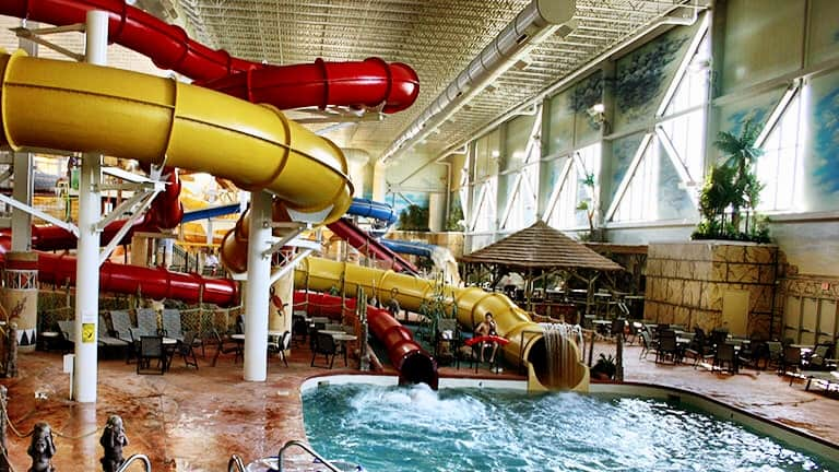 Kalahari Resorts and Conventions, Hotels with swimming pools near me