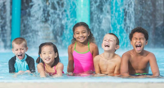 Kartrite Resort & Indoor Waterpark, Pools open near me