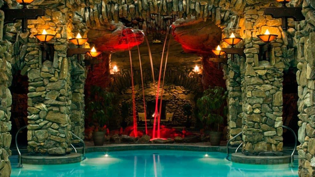 Omni Grove Park Inn, nearest hotel with heated pool